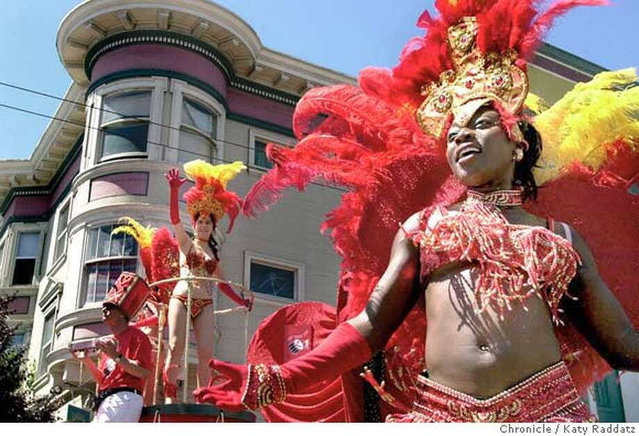 Carnaval Grand Parade, going east on 17th St. Dancers from Sambao Para o Povo make San Francisco feel exotic. Katy Raddatz / The Chronicle Photo: Katy Raddatz