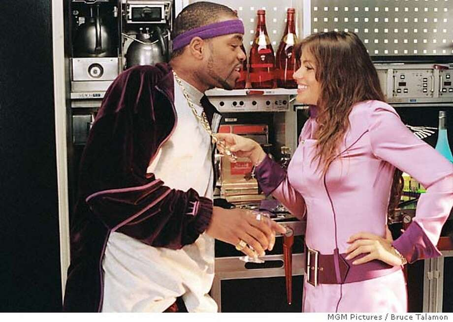 Muggsy (METHOD MAN) flirts with stewardess Blanca (SOFIA VERGARA) aboard MGM Pictures� high-flying comedy SOUL PLANE.  Photos by MGM Pictures / Bruce Talamon