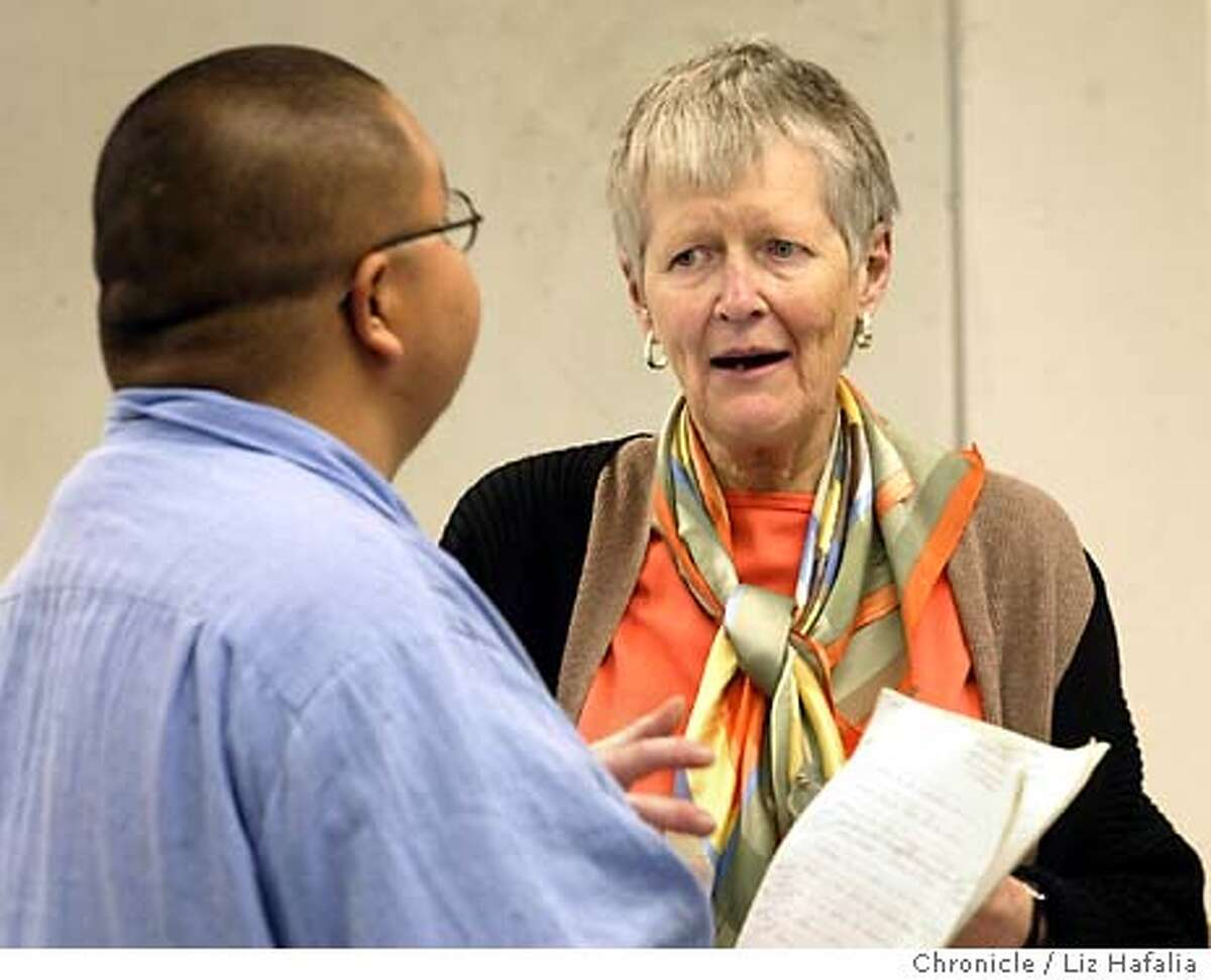 Judy Breen, who's taught at San Francisco State University for 35 years, talking with inmate Henry Frank during an English 101 class at San Quentin prison. Photo taken on 03/04/04 in Larkspur, CA. Photo By LIZ HAFALIA / The San Francisco Chronicle