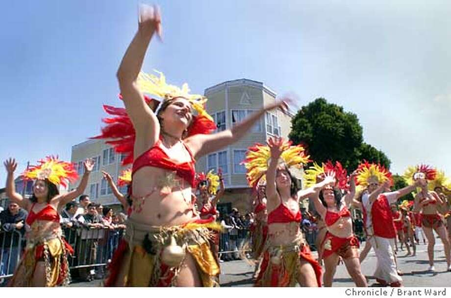 CARNIVAL3/30MAY99/MN/BW--Members of the Ginga Brazil dance group entertained the crowd at Carnival on 24th Street Sunday. By Brant Ward/Chronicle CAT Photo: BRANT WARD