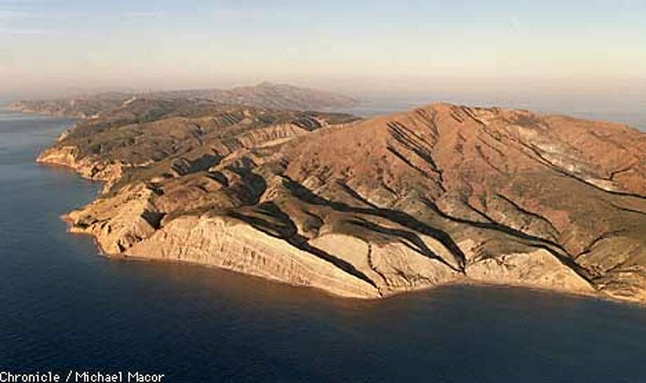 CHANNEL IS.1/C/22DEC97/MN/MACOR Southern California just off the coast from Ventura, The Channel Islands. National Parks Sevice maintains the Islands, Santa Cruz Island shown here is the newest addition to the chain as a National Park. South-Western side at sunrise. Chronicle Photo: Michael Macor