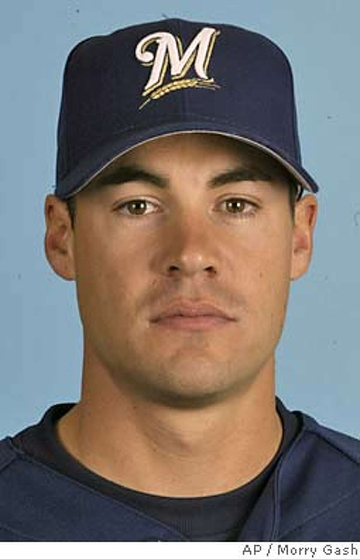 ** FILE ** This is a 2004 photo showing Milwaukee Brewers outfielder Scott Podsednik. The Brewers have extended Podsednik's contract for two years, through the 2006 season, the team said Wednesday May 5, 2004. (AP Photo/Morry Gash)