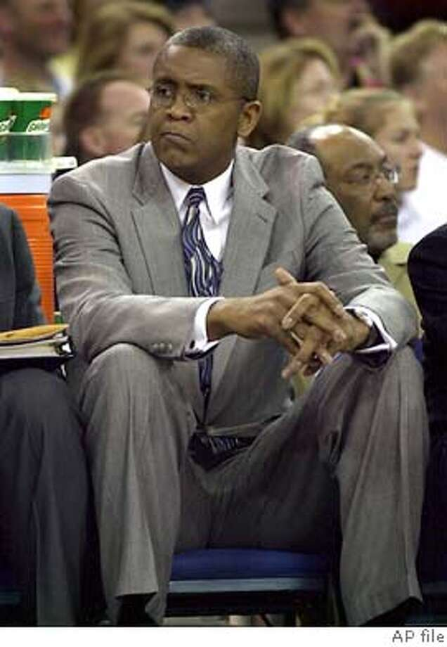 Chicago Bulls head coach Bill Cartwright watches from the bench as the Bulls played the Sacramento Kings in Sacramento, Calif., on Sunday, Nov. 23, 2003. Cartwright was fired today. Monday, Nov. 24, after the teams 4 and 10 start.(AP Photo/Stve Yeater) Photo: STEVE YEATER