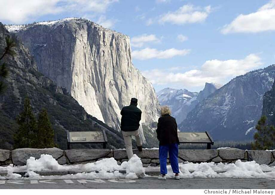 A look at El Capitan from the Tunnel View scenic overlook on Glacier Point Road.  Yosemite in the late fall after the 1st snowfall can be a great time to explore the park without the usual crowds. Event on 11/5/03 in Yosemite.  MICHAEL MALONEY / The Chronicle Photo: MICHAEL MALONEY