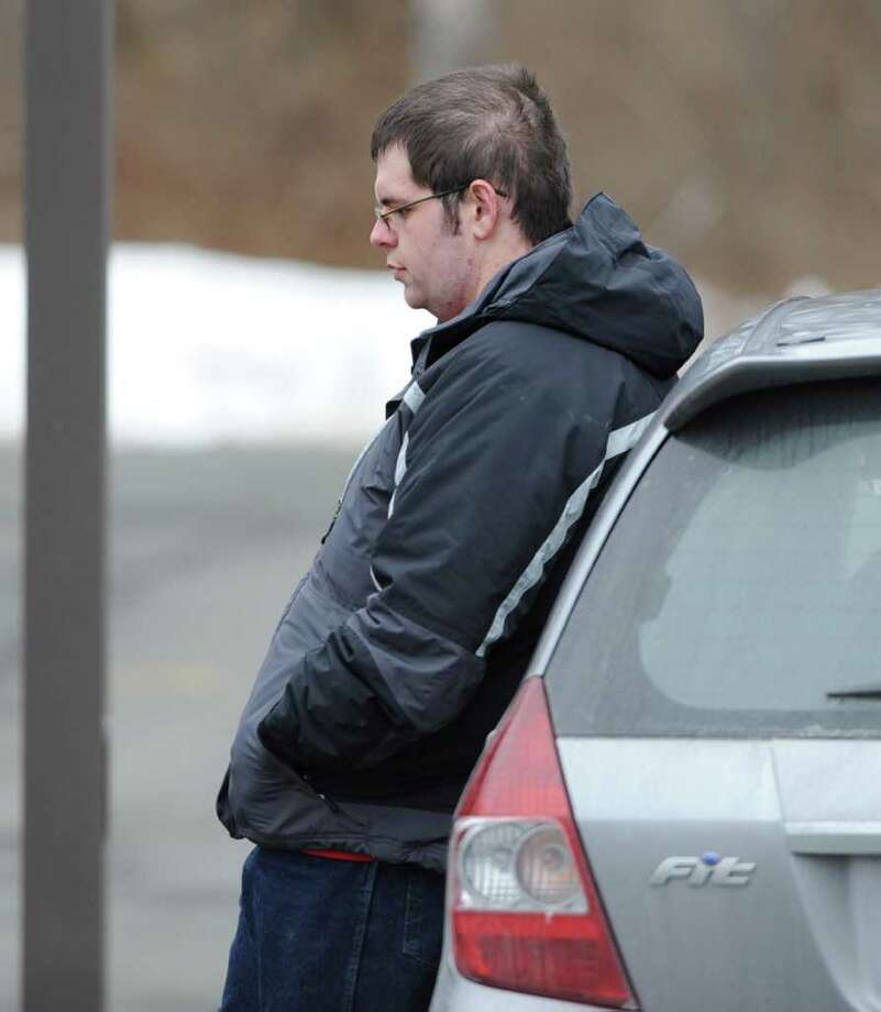 "Diabetic test strips buyer Brian ""Jake"" Tucker, of Rotterdam, talks to Times Union reporter Paul Grondahl at the Colonie Library parking lot Wednesday, Dec. 25, 2011 in Colonie, N.Y.  (Lori Van Buren / Times Union) Photo: Lori Van Buren"