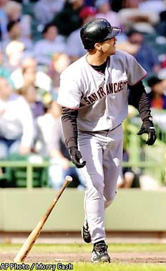 San Francisco Giants' Jeff Kent hits the game-wining home run in the ninth inning against the Milwaukee Brewers Sunday, Sept. 22, 2002, in Milwaukee. The Giants won, 3-1. (AP Photo/Morry Gash) Photo: MORRY GASH