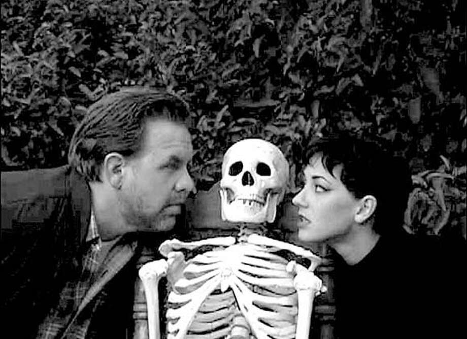 SKELETON13  Brian Howe and Jennifer Blaire in Tristar's The Lost Skeleton of Cadavra.