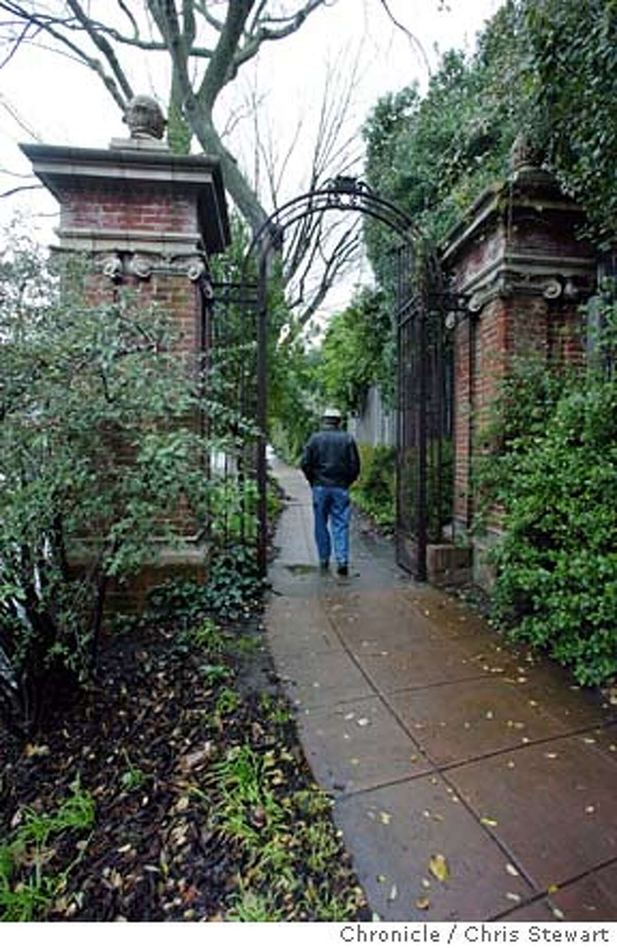 Event on 1/27/04 in Berkeley. Duncan McDuffie, the developer, and the neighborhoods he developed, including this neighborhood with a gate at Claremont Boulevard and Avalon Street in Berkeley. Chris Stewart / The Chronicle