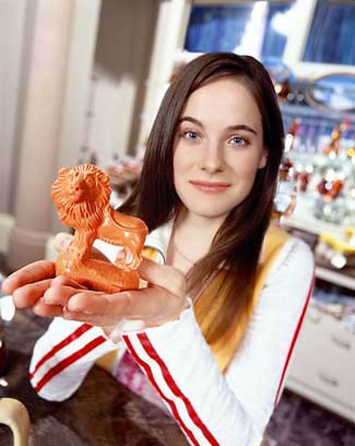 GOODMAN12 The new one-hour dramedy about a Niagara Falls tourist-shop clerk (Caroline Dhavernas, pictured) whose life is dramatically altered when inanimate figures begin talking to her. Caroline Dhavernas is Jaye Tyler in Wonderfalls.