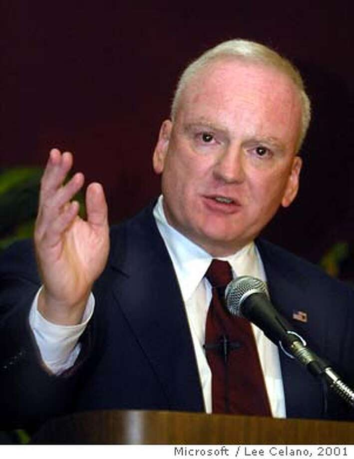 CLARKE-C-07NOV01-BU-AP  Richard Clarke, President Bush's cyberspace security adviser, addresses members of the Trusted Computing Forum on Thursday, Nov. 7, 2001, in Palo Alto, Calif. Clarke urged Americans to increase diligence and spending on protecting against cyber-terrorism. (AP Photo/Microsoft, Lee Celano) ALSO RAN 9/18/02 Photo: LEE CELANO
