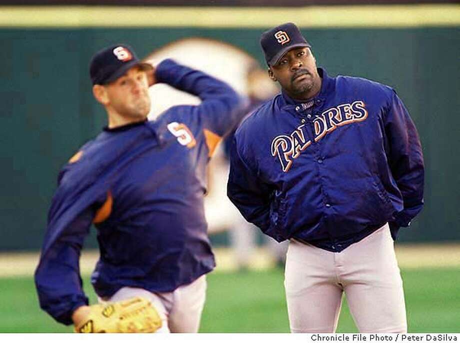 STEWART/C/14APR98/SP/PDS--- San Diego Padres pitching coach Dave Stewart keeps an eye on Sterling Hitchcock pitches during pregame warmups. Chronicle Photo By:Peter DaSilva. ALSO RAN: 10/14/98. CAT Photo: PETER DASILVA