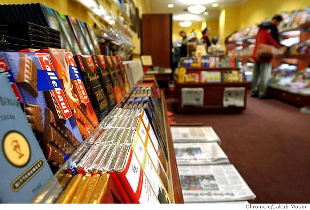 Fog City News, owned by Adam Smith, sells newspapers, magazines, and imported chocolate in the financial district in San Francisco on Thursday, Jan. 8, 2004. Event on 1/8/04 in San Francisco. JAKUB MOSUR / The Chronicle