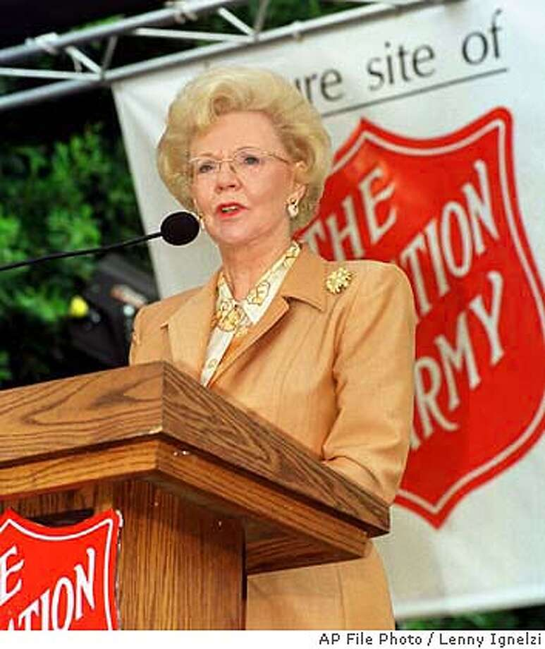 **FILE** Mrs. Joan Kroc speaks of her late husband, Ray Kroc, and his dedication to The at a ceremony in this Sept. 23, 1998 file photo, in San Diego, Calif. The estate of Joan Kroc, the McDonald's heiress, said Tuesday, jan. 20, 2004 it is giving an estimated $1.5 billion to the to build community centers across the country. It's the largest single donation ever given to a charitable organization. (AP Photo/Lenny Ignelzi, File) Photo: LENNY IGNELZI