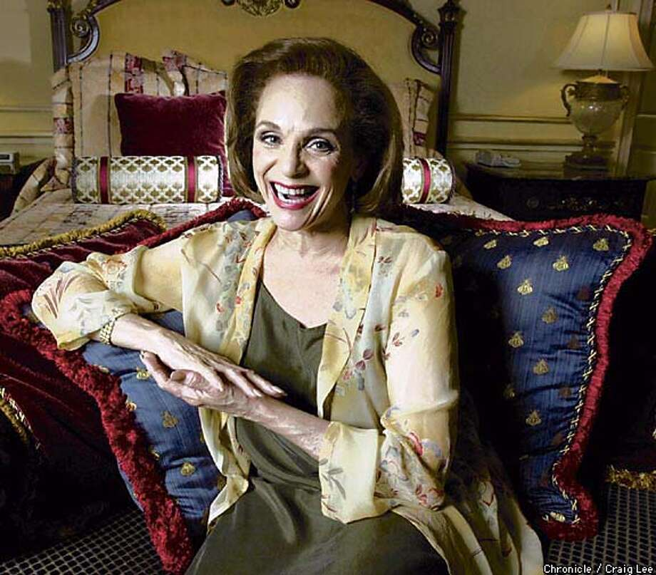 "Valerie Harper, star of ""The Tale of the Allergist's Wife'': ""I'm an old pro."" Chronicle photo by Craig Lee"