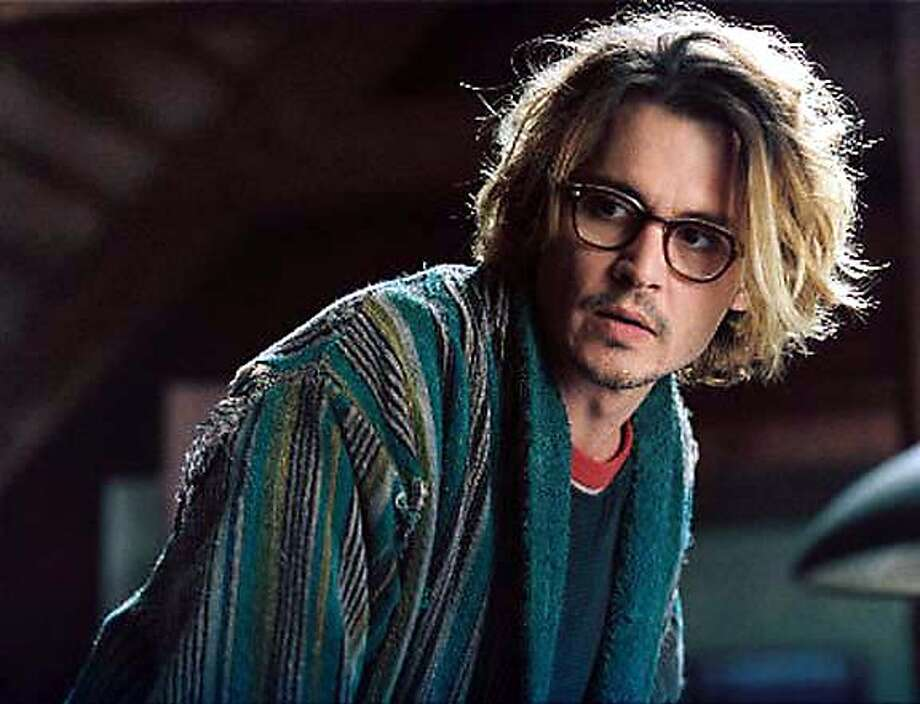 SECRET07_HO Johnny Depp in SECRET WINDOW.