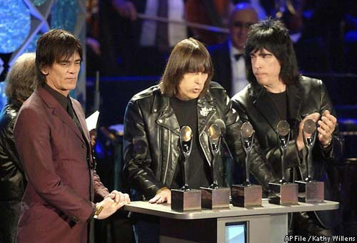 Punk rocker Dee Dee Ramone dies - SFGate