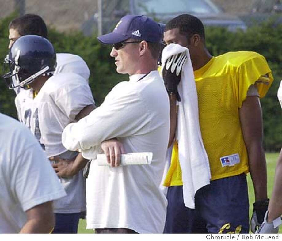 CALFOOTBALLk-C-13AUG02-SP-BM  Cal football practice at whittier field in Berkeley. coach Jeff Tedford.  Chronicle photo by Bob McLeod Photo: BOB MCLEOD