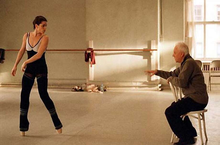 """.jpg ; Neve Campbell and Malcolm McDowell in """"The Company,'' 2003 , HO / The Chronicle MANDATORY CREDIT FOR PHOTOG AND SF CHRONICLE/ -MAGS OUT Photo: Macor, Michael"""