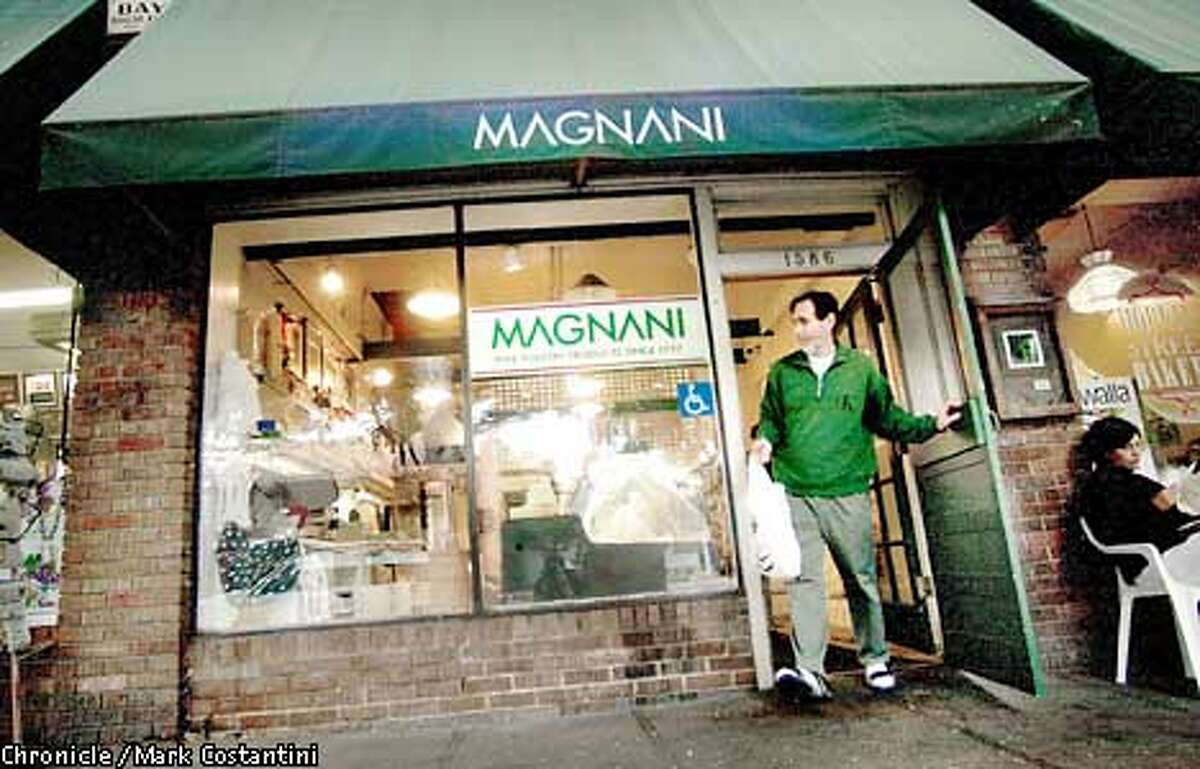 EXTERIOR OF MAGNANI POULTRY IN BERKELEY. FOR ITALIAN-AMERICAN STORY PHOTO: MARK COSTANTINI/THE CHRONICLE