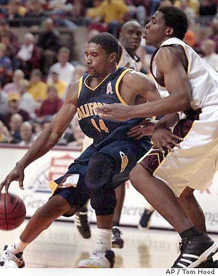 California forward Leon Powe, left, battles Arizona State forward Ikie Diogu in the second half Saturday, Jan. 10, 2004, in Tempe, Ariz. California won, 74-62. (AP Photo/Tom Hood) Photo: TOM HOOD