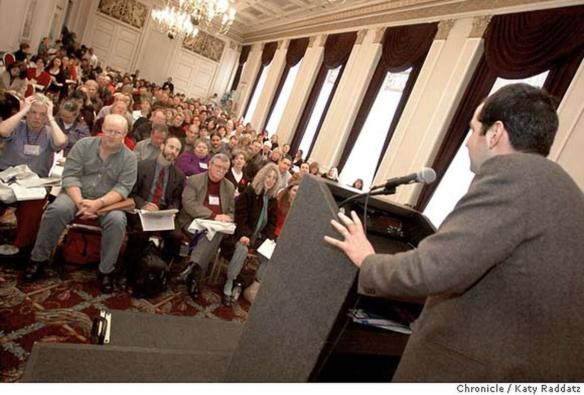"""SHOWN: Agent Robert Preskill addresses the gathered hopeful with the assurance that, """"I DO look at westerns."""" """"Speed Dating With Agents"""" at the San Francisco Writers Conference. Hopeful authors line up to have one-on-one sessions with agents. Shoot date is 2/15/04; writer is Josh Green. Katy Raddatz / The Chronicle"""
