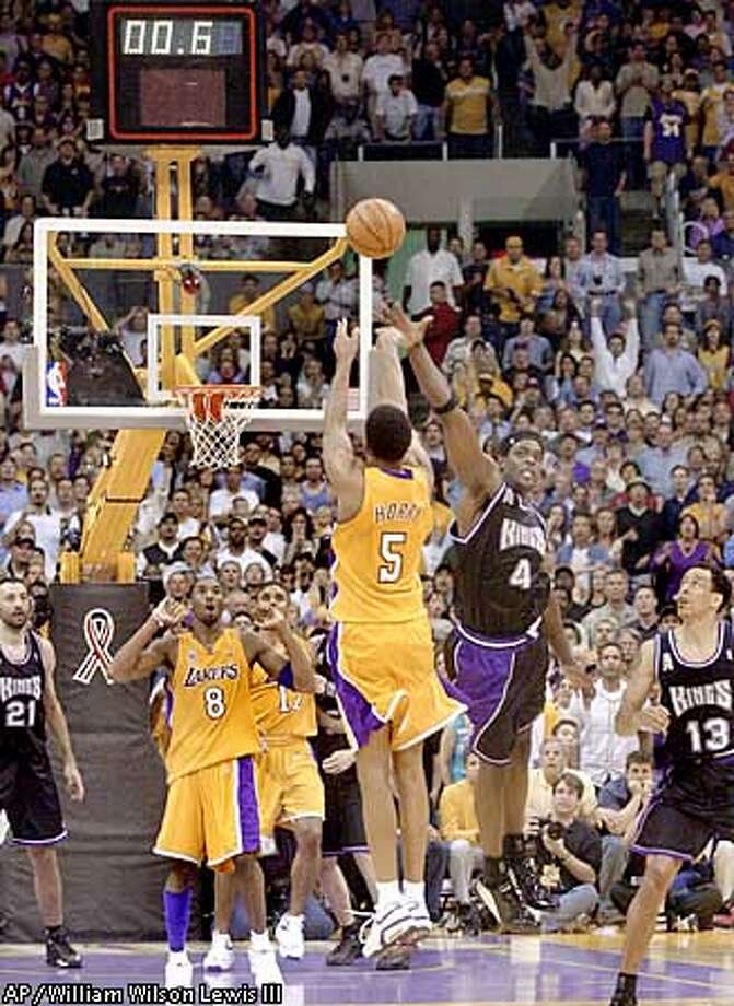 256c46feb09 A shot to the heart   Horry s clutch 3 saves Lakers
