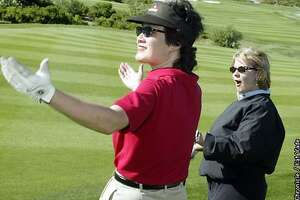 Getting to the green / Golf can play into women's success in business, author says - Photo