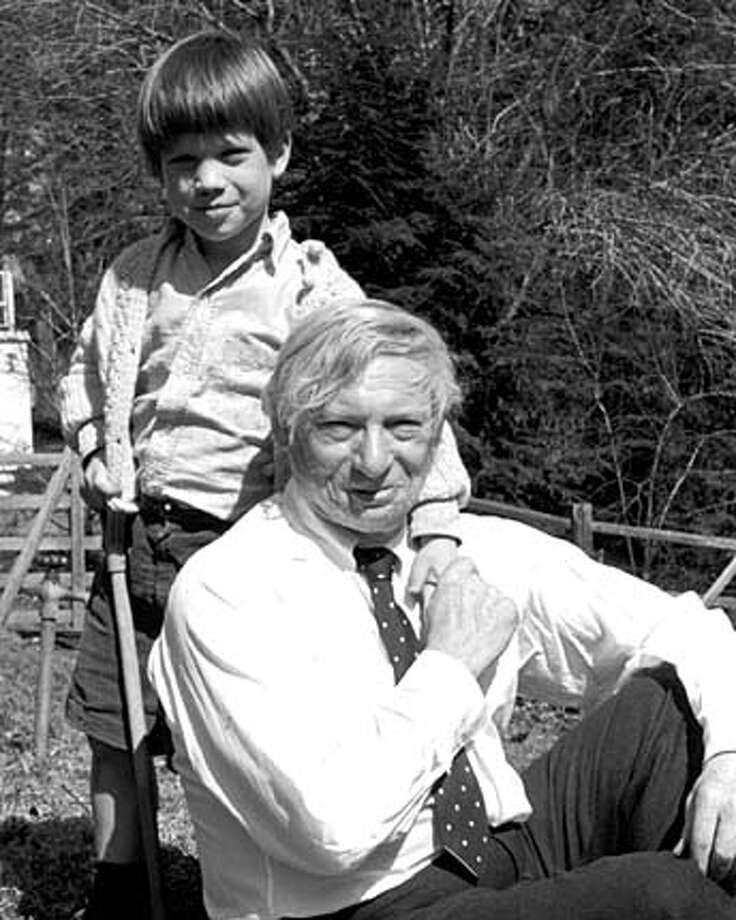 ARCHITECT06  Louis I. Kahn and Nathaniel Kahn (filmmaker) Circa 1970 Filmmaker Nathaniel Kahn and his renowned architect father, Louis Kahn, in 1970.