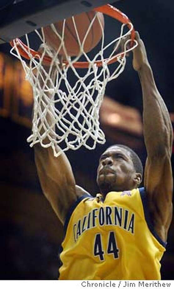 cal_006_JMM.JPG  Cals Leon Powe slams two points home. The Cal Golden Bears defeated the UCLA Bruins 76-62 at Haas Pavilion on the UC Berkeley campus November 24, 2003. Event on 1/24/04 in Berkeley.  Jim Merithew / The Chronicle Cal's Leon Powe, shown dunking against UCLA, played against Arizona's Hassan Adams in California's high school championship.