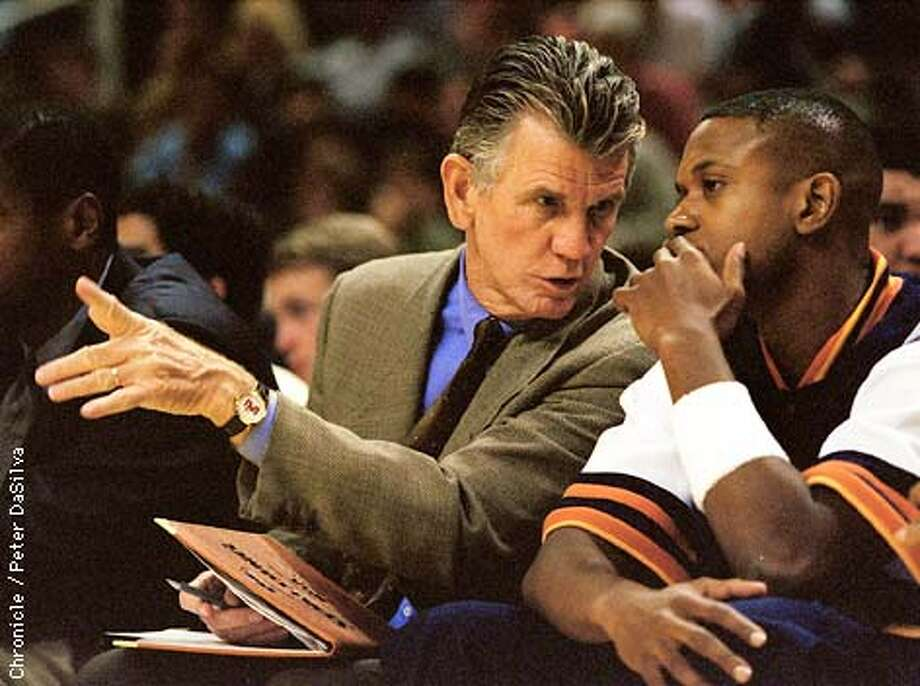 Warriors Assistant Coach Paul Westhead with B.J. Armstrong during Warriors Hornets preseason game in San Jose. Chronicle Photo BY: Peter DaSilva Photo: Peter DaSilva