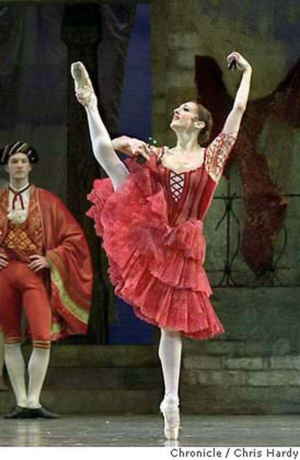 {{marketst_012304_kocihernandez}  Dress rehearsal for the Program 2 of 2004 Repertory Season of the San Francisco ballet, Don Quixote. Opening night cast  CHRIS HARDY / {chronicle} Photo: CHRIS HARDY