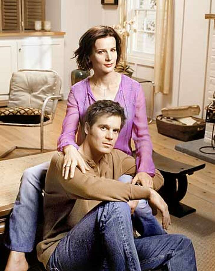 """Tapes of """"Six Feet Under,'' with Rachel Griffiths and Peter Krause, are piling up on the to-be-viewed shelf"""