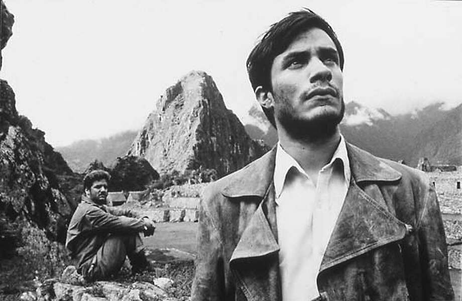 """Scene from """"Motorcycle Diaries"""". / handout MANDATORY CREDIT FOR PHOTOG AND SF CHRONICLE/ -MAGS OUT"""