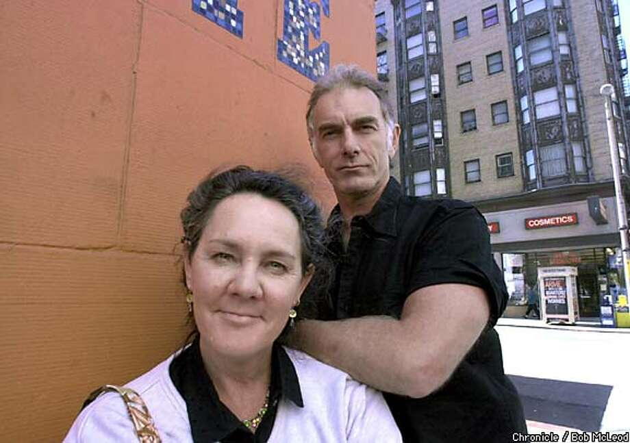 "Producer Maggie Renzi and director John Sayles visited San Francisco earlier this month to talk about their film ""Sunshine State.'' Chronicle photo by Bob McLeod"