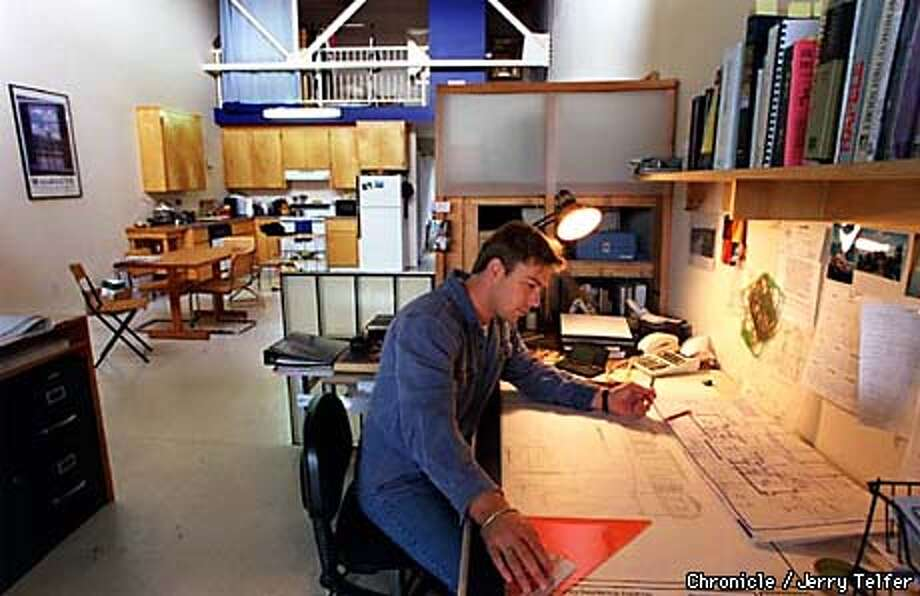 REIT 1/C/10SEP97/BU/JLT Architect Joseph L. Holsen toils away in the studio area of the Oakland, CA live-work space he shares with his wife. 527 23rd Avenue PHOTO BY JERRY TELFER Photo: JERRY TELFER