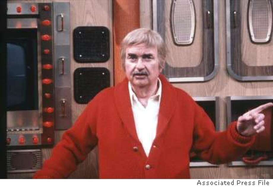 ob Keeshan appears in character as 'Captain Kangaroo' on the television show's set at CBS, Oct. 19, 1981. (AP Photo/Perez)