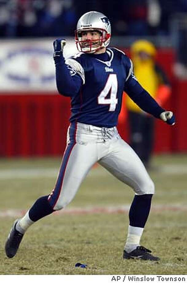 New England Patriots kicker Adam Vinatieri celebrates his field goal in the fourth quarter of an AFC playoff game against the Tennessee Titans at Gillette Stadium, Saturday, Jan. 10, 2004, in Foxboro, Mass.. (AP Photo/Winslow Townson) Photo: WINSLOW TOWNSON