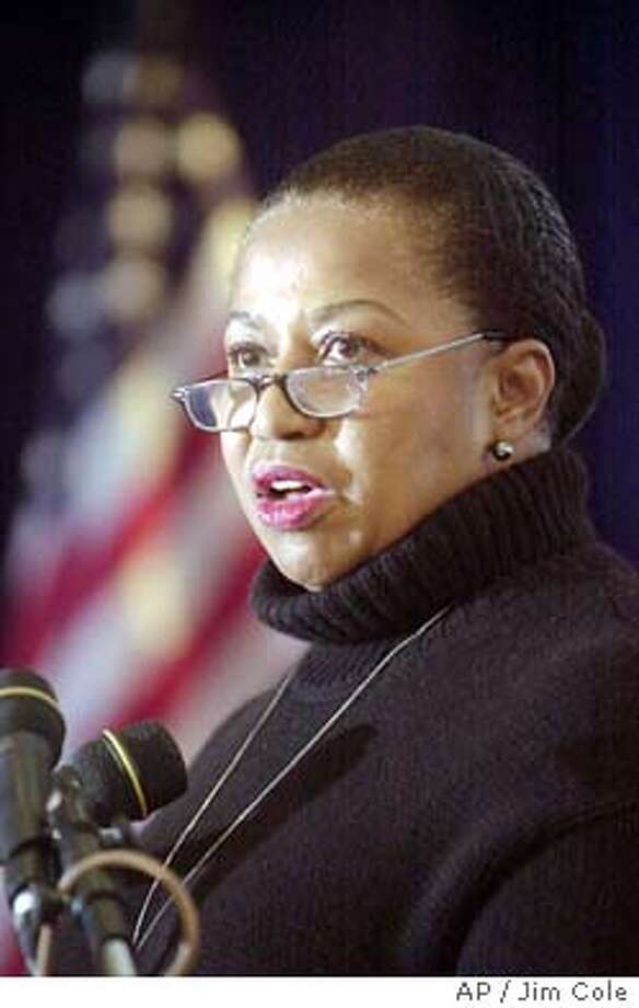 Democratic presidential hopeful Carol Moseley-Braun addresses the New England Community Action Partnership in Nashua, N.H. Wednesday Jan. 7, 2004. (AP Photo/Jim Cole) Photo: JIM COLE