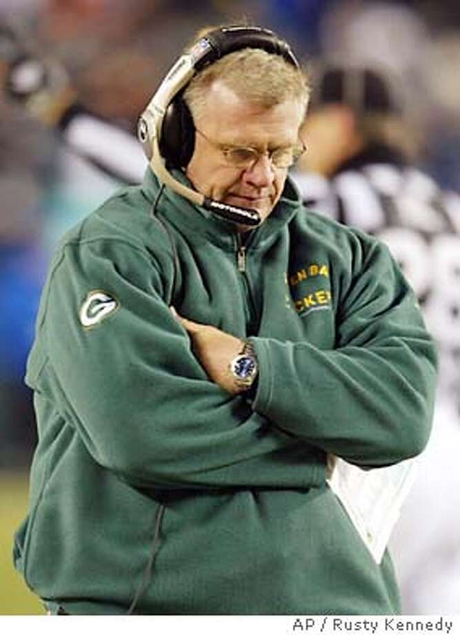 Green Bay Packers head coach Mike Sherman reacts late in the fourth quarter against the Philadelphia Eagles during their NFC playoff game Sunday, Jan. 11, 2004, in Philadelphia. The Eagles won 20-17. (AP Photo/Rusty Kennedy) Photo: RUSTY KENNEDY