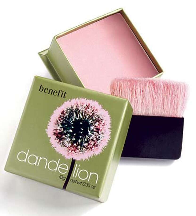 Benefit11_dandelion.jpg / for: Living slug: Benefit11;  Dandelion pressed powder by Benefit / HO