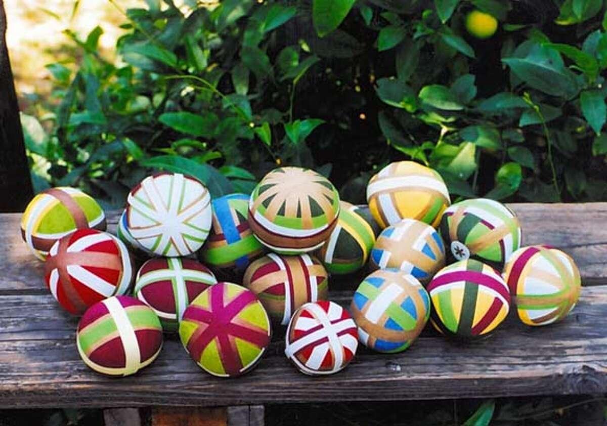 Plain surprise balls, each one different.