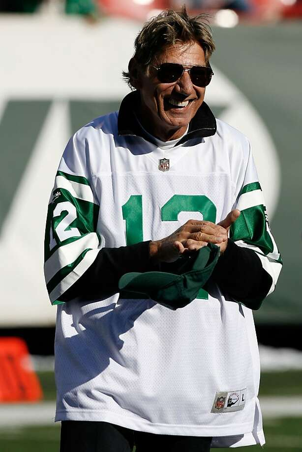 EAST RUTHERFORD, NJ - OCTOBER 26:  Former Jets quarterback is introduced during halftime festivities celebrating the 40th anniversary of the Jets' win over the Colts in Super Bowl III during the game between the Kansas City Chiefs and the New York Jets on October 26, 2008 at Giants Stadium in East Rutherford, New Jersey.  (Photo by Jarrett Baker/Getty Images) Photo: Jarrett Baker, Getty Images