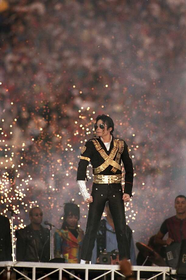 PASADENA, CA - JANUARY 31: Michael Jackson performs during the Halftime show as the Dallas Cowboys take on the Buffalo Bills in Super Bowl XXVII at Rose Bowl on January 31, 1993 in Pasadena, California. The Cowboys won 52-17. (Photo by George Rose/Getty Images) Photo: George Rose