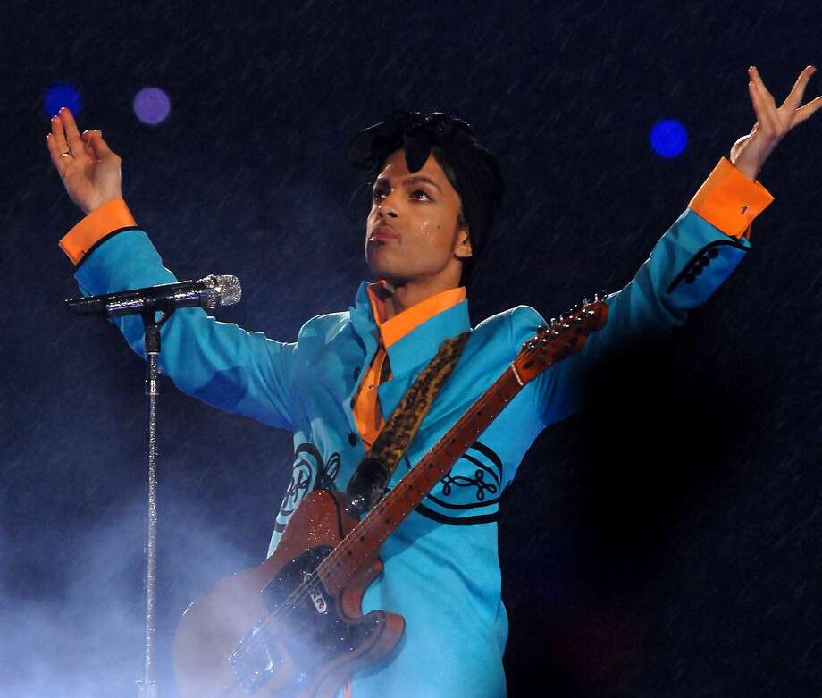 Prince performs at half time during Super Bowl XLI between the Indianapolis Colts and Chicago Bears at Dolphins Stadium in Miami, Florida on February 4, 2007. (Photo by Theo Wargo/Getty Images) Photo: Theo Wargo