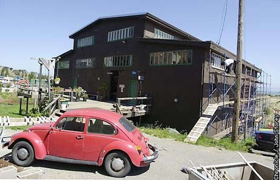 BOATHOUSE18-C-09MAY02-HM-JRS-A converted historical boathouse in Hunters Point. Chronicle Photo by John Storey. Photo: John Storey