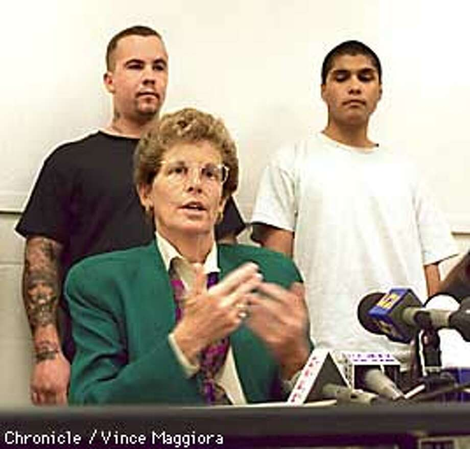 SAN JOSE MAYOR ANNOUNCED THE ANTI-GANG PROGRAM TO REMOVE TATOOS. ALSO RAN: 1/21/97, 1/31/97,32697 Photo: VINCE MAGGIORA