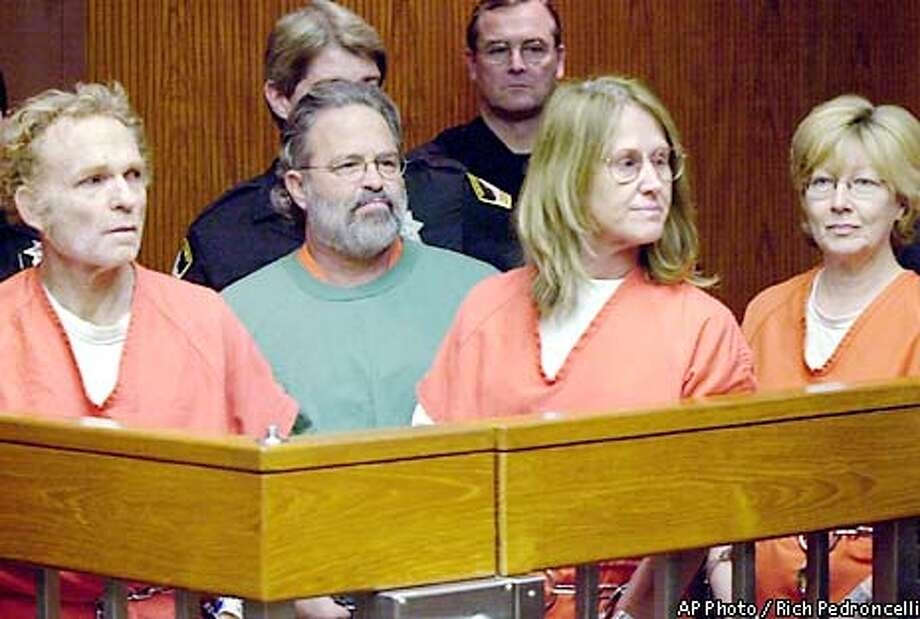 Former Symbionese Liberation Army members Michael Bortin, left, William Harris, center left, Sara Jane Olson, center right, and Emily Harris, right, make another appearence in Superior Court on charges stemming from a 1975 bank robbery and murder, Monday, Feb. 11, 2002 in Sacramento, Calif. The four had their request granted to have their cases consolidated before one judge. (AP Photo/Rich Pedroncelli) Photo: RICH PEDRONCELLI