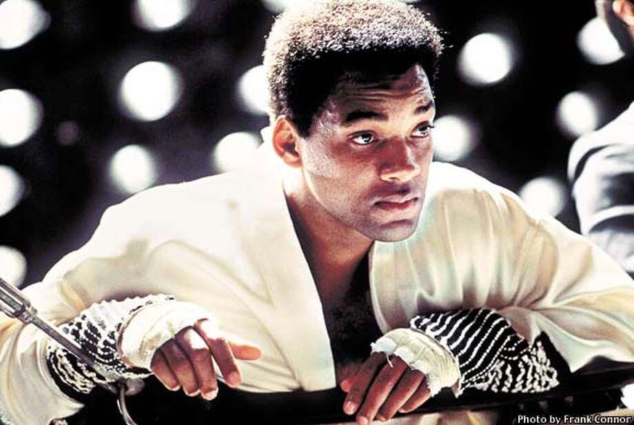 "SMITH21-C-19DEC01-DD-HO  ADVANCE FOR WEEKEND EDITIONS, DEC. 20-23--Will Smith portrays Muhammad Ali in the new Michael Mann film, ""Ali,"" about the world champion boxer's life from 1964-74. (AP Photo/Columbia Pictures, Frank Connor) Photo: FRANK CONNOR"