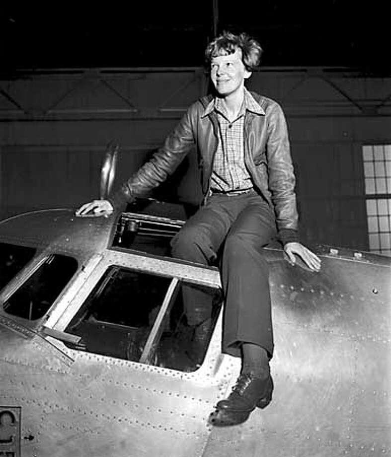 EARHART/APR37/MN/ - Aviatrix Amelia Earhart Putnam, before her fatal flight in Oakland, CA, 1937.