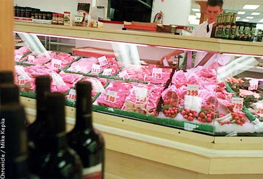 Lunardi's is in Belmont is known for its 80 foot meet counter. BY MIKE KEPKA/THE CHRONICLE Photo: MIKE KEPKA